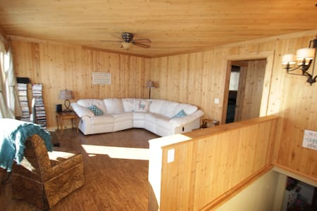 Breezy Shore Getaway on Mille Lacs Lake,