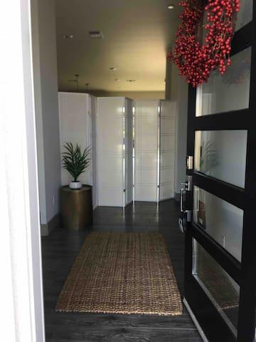Private, cozy & conveniently located