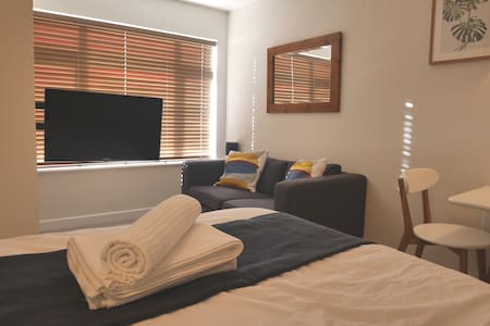 Guest suite in Wivenhoe