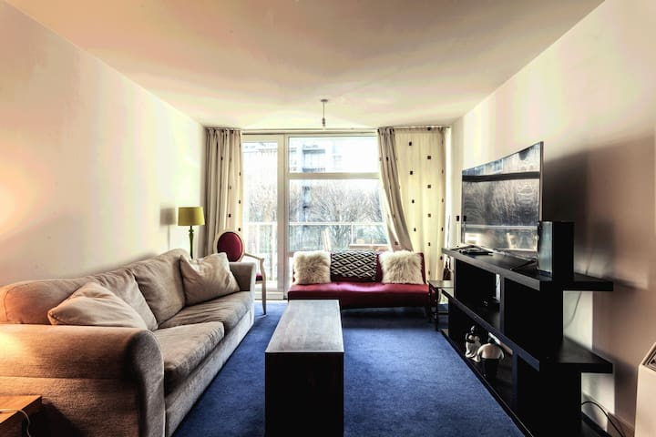 Beautiful and Comfy - 1 Bed Apartment - Chelsea