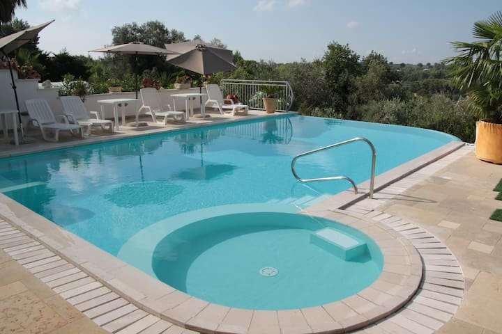 Apartment Casa Carucci with Pool - Ceglie Messapica - Daire