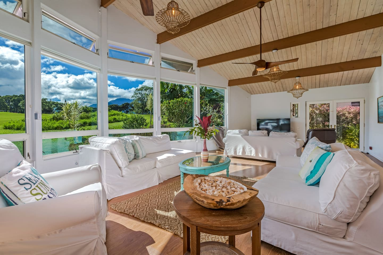 Large Living Room: Vaulted Ceilings, Floor to Ceiling Windows, 3 Sitting Areas