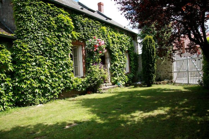 Gîte Suzanne, en Essonne verte - Milly-la-Forêt