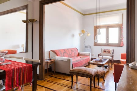 Cozy room in historic building - Buenos Aires - Apartamento