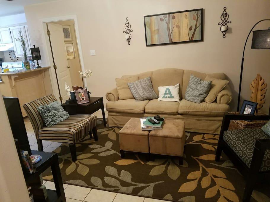 cozy tidy close to everything wohnungen zur miete in edinburg tx vereinigte staaten. Black Bedroom Furniture Sets. Home Design Ideas