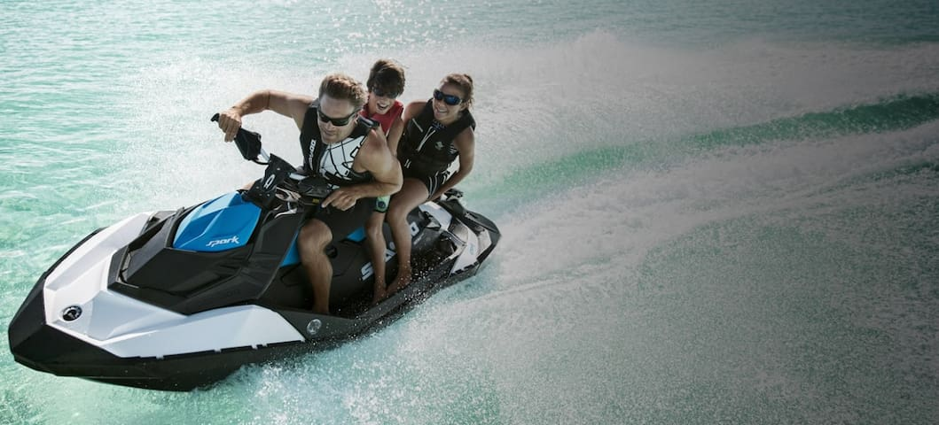 Sea-Doo Summer - Guided Surf Tours
