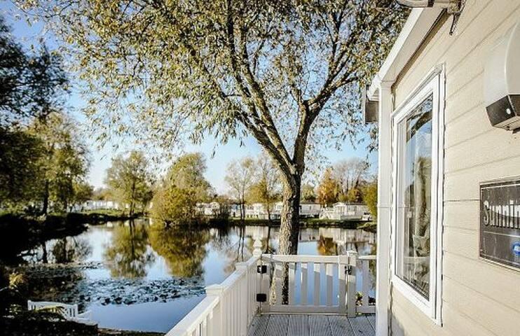 23 Kingfisher Lake