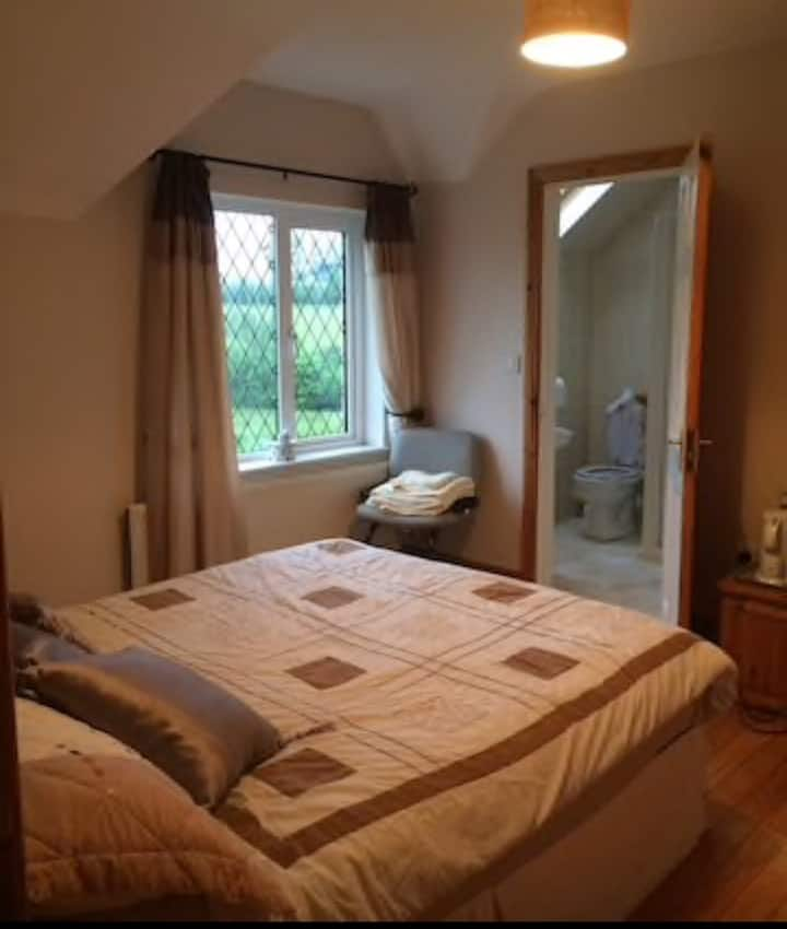 The Seven Gables: Double Bed and ensuite