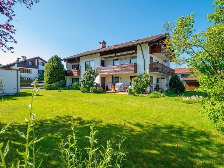 Cozy apartment, mountain view, close to Forggensee