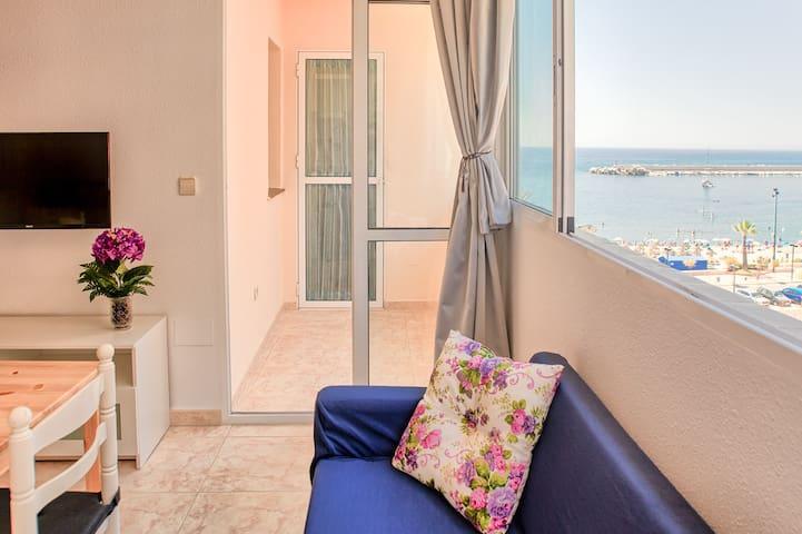 Luminoso  apartamento con vistas en Fuengirola