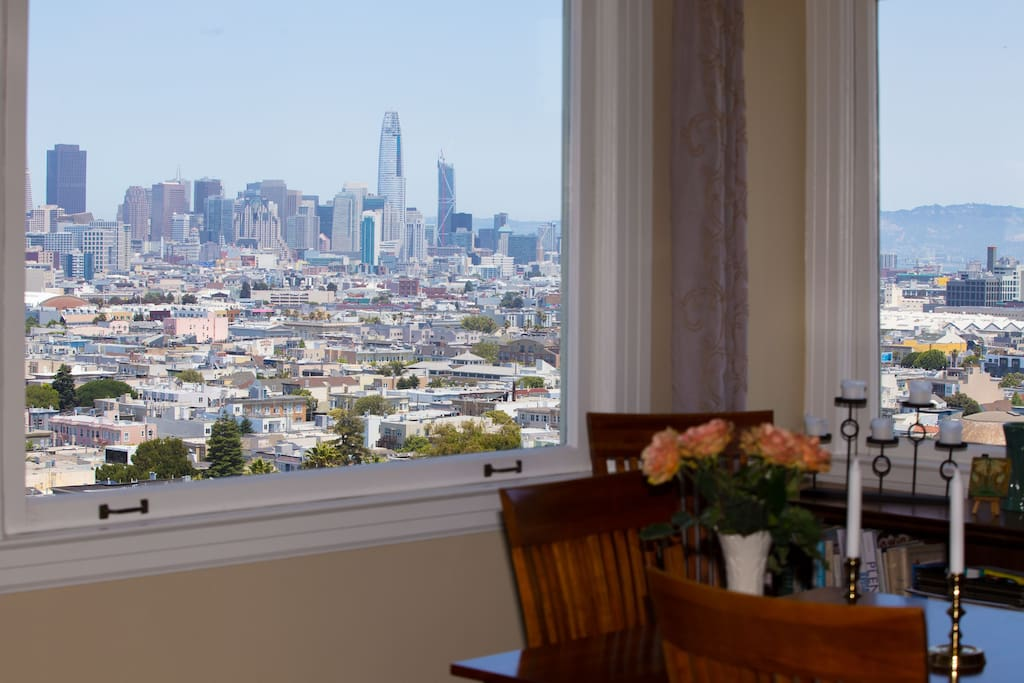 San Francisco is your backdrop for dinner.