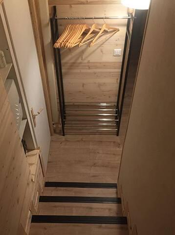 Couloir Escalier Vu du Haut
