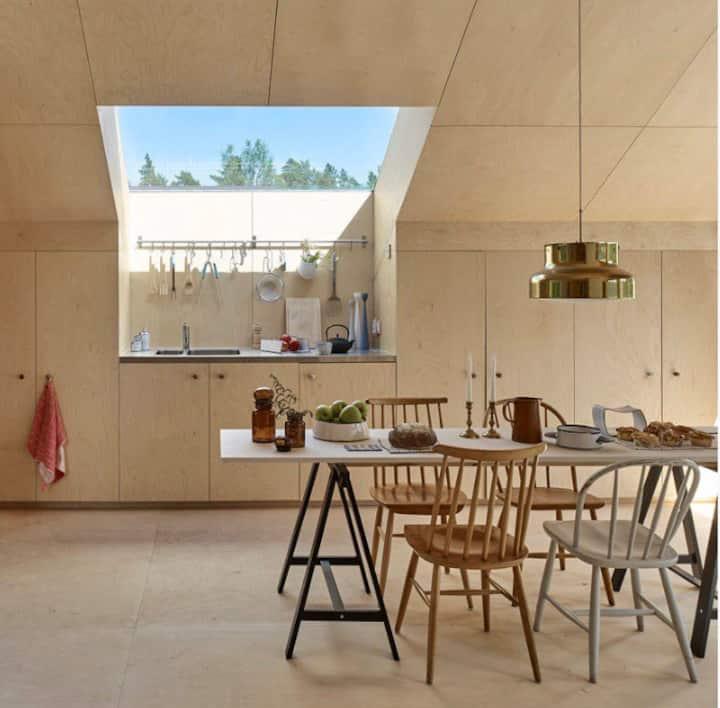 Arkitektritat fritidshus i Roslagen