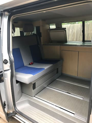 Awesome Volkswagen California Camper for Hire!