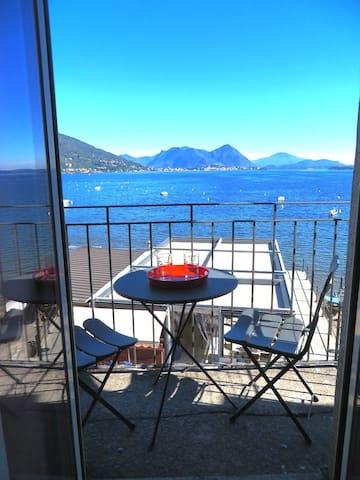 Casa Regina Rossa - Feriolo - Apartment