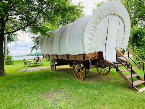 Rose Lake Glamping Wagon #2