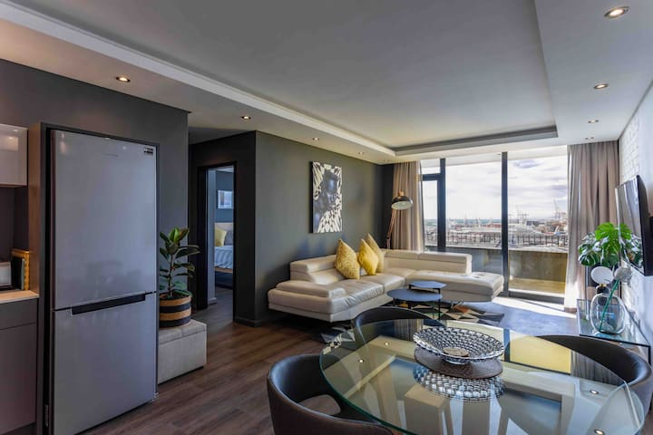 Brand New Penthouse with Waterfront Views