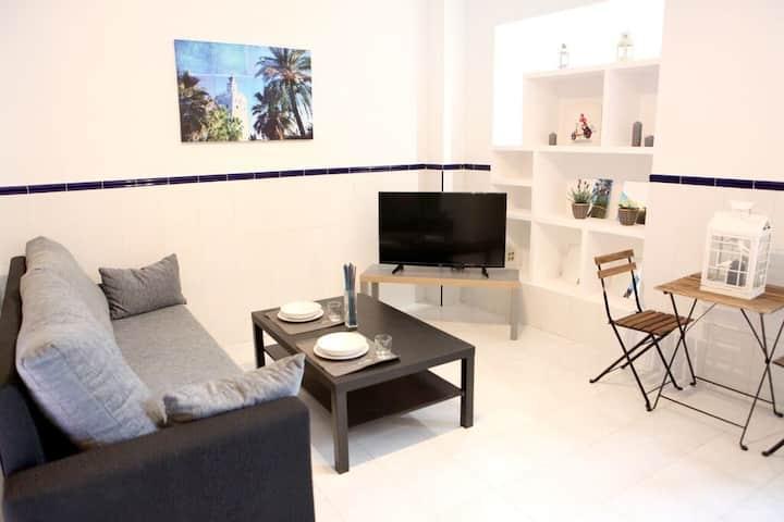 2.Apartamento  cerca del centro de Sevilla.