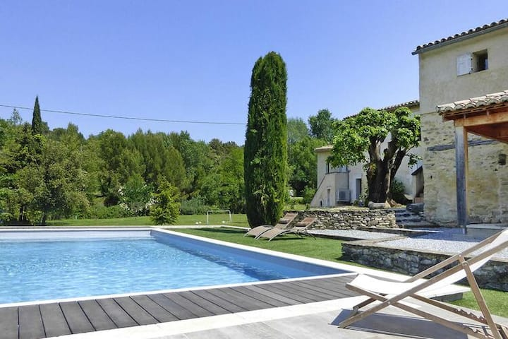 4 star holiday home in Malaucène