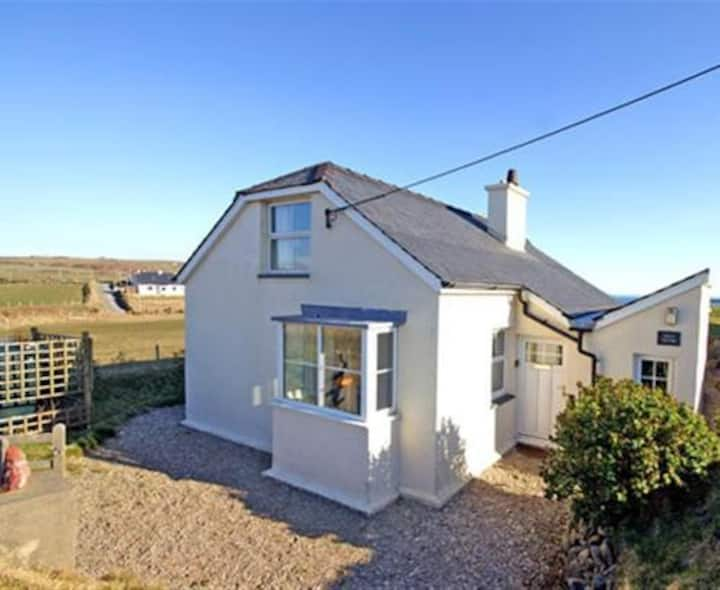 Wild Thyme, detached cottage, unbelievable views.