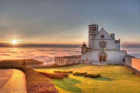 Casa Vacanze ad Assisi - Assisi - Apartment