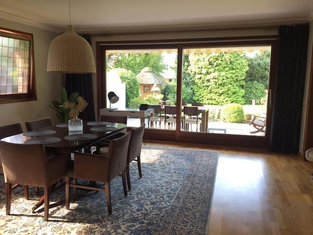 Gästehaus 1-8 Personen, 3 SZ, ruhig mit Terrasse