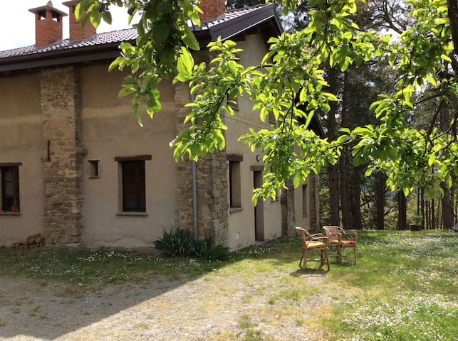 Casa Ponente, cozy traditional country home - Borgo Val di Taro - Hus