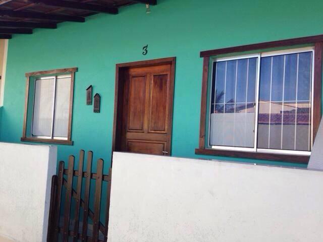 Linda casa quadra Praia Jacaraipe!