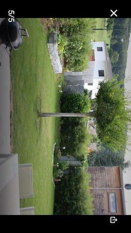 Modernes Haus mit Sauna und Garten - Nusshof - Huis