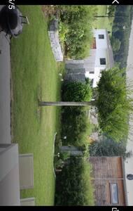 Modernes Haus mit Sauna und Garten - Nusshof - บ้าน