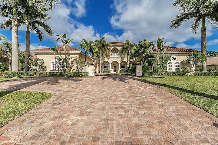 Italian Villa - Palm City - House