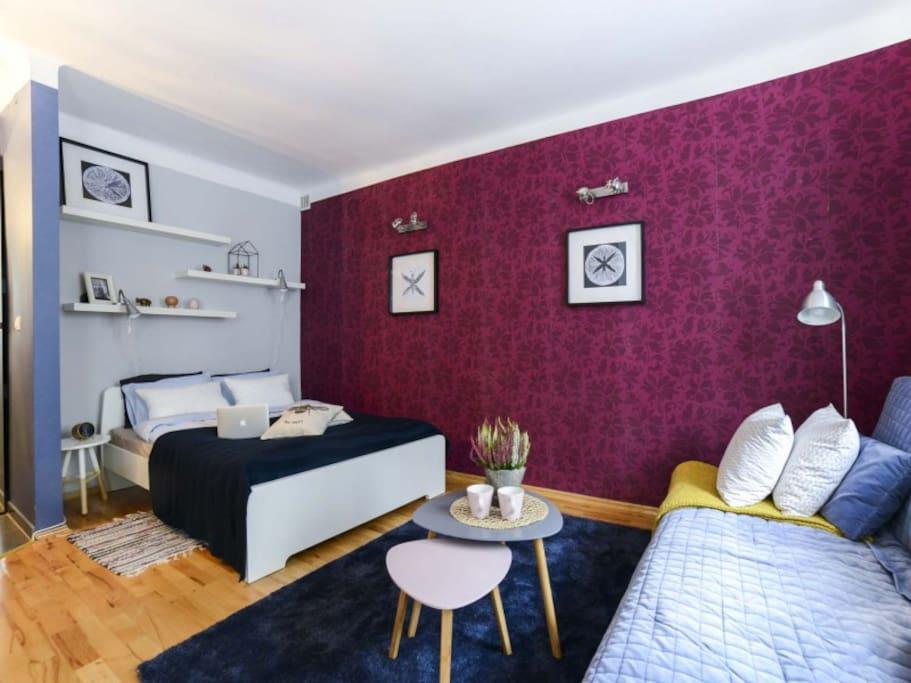 Communal lounge / TV room, Bed