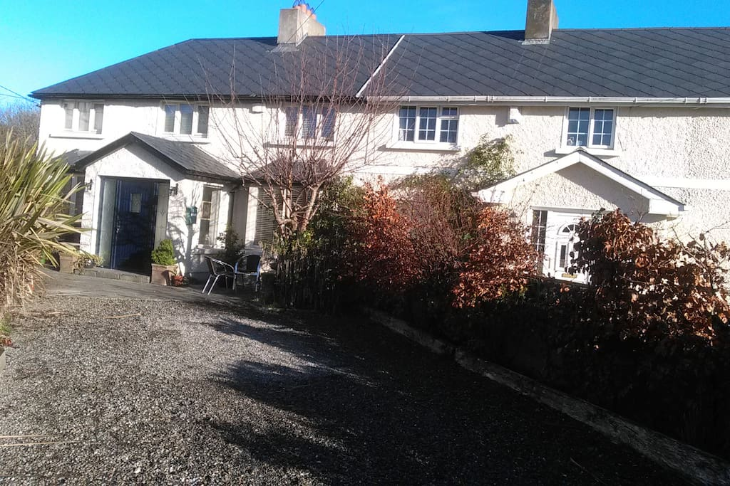 Complete 3 Bedroom House close to Dublin