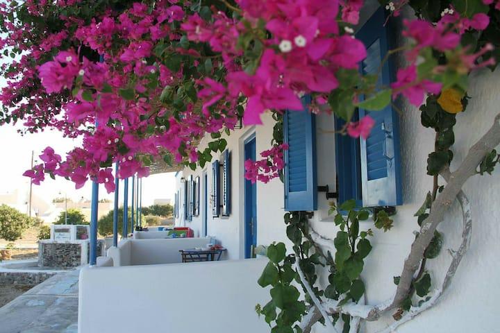 "Seaside studio"" Glaros Beach"""