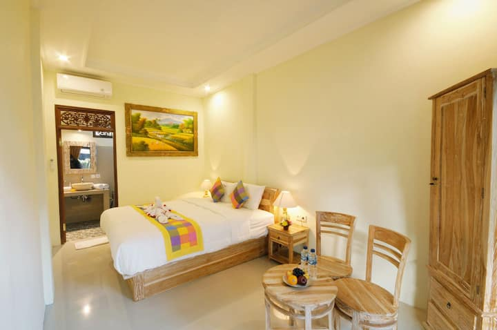 De Artha GuestHouse Close To UBUD Center 1st floor