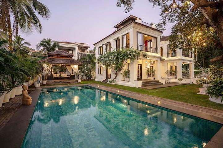 Casa dé Joy 4BHK Luxury Villa w/Pvt Pool+View@Goa