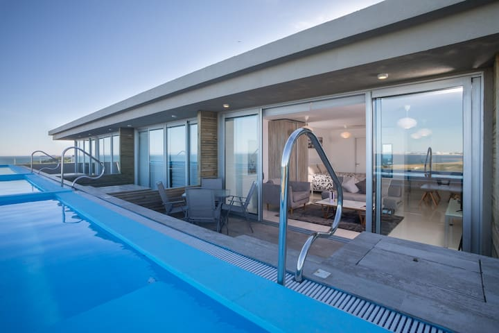 FANTASTIC APARTMENT PUNTA BALLENA D