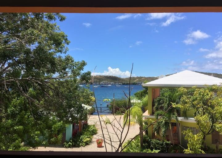 Hostal Casa Culebra Villa 7 (bay front, boat slip)