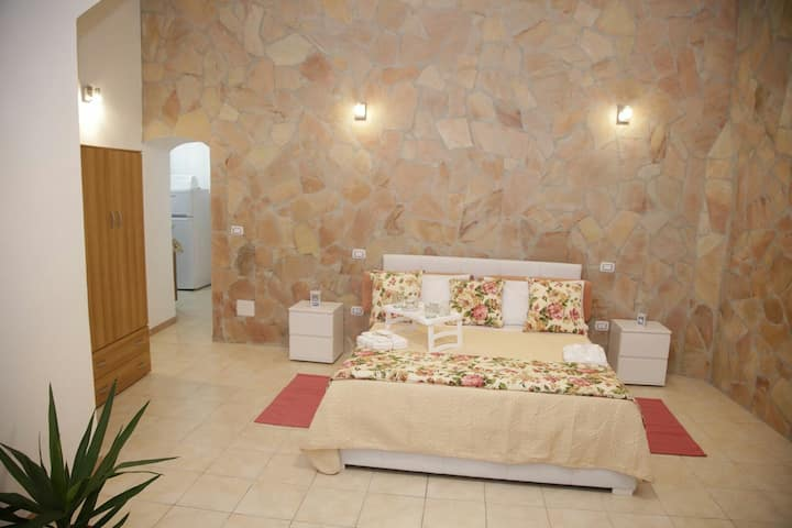 Casa fiorita is near to ortigia island, sea, wifi