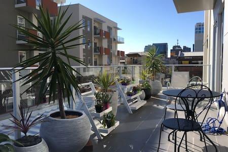 Modern CBD Central! - Adelaide