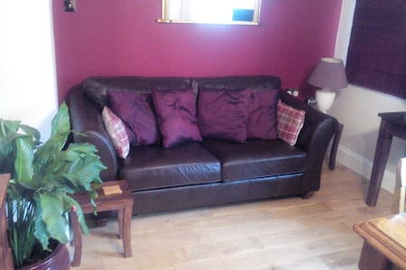 Comfortable spot in lovely Midhurst - Midhurst - House
