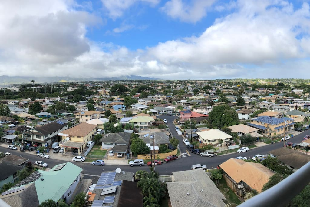 Unobstructed Views of central Oahu