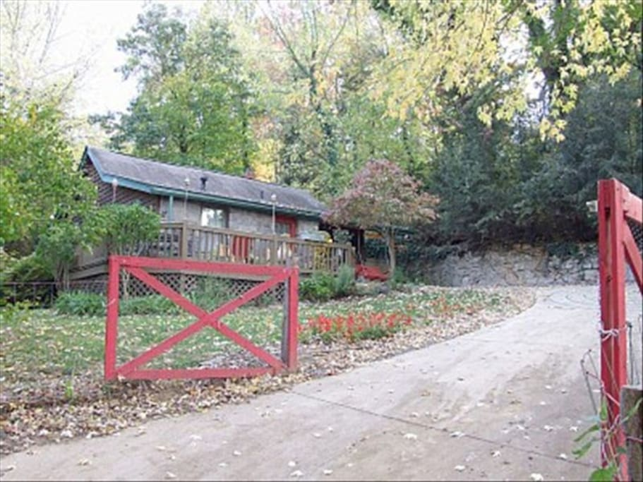 RED GATE COTTAGE is fenced and gated
