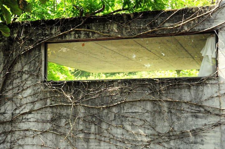 """maniera à le Corbusier"" - Herrenschwanden - Haus"
