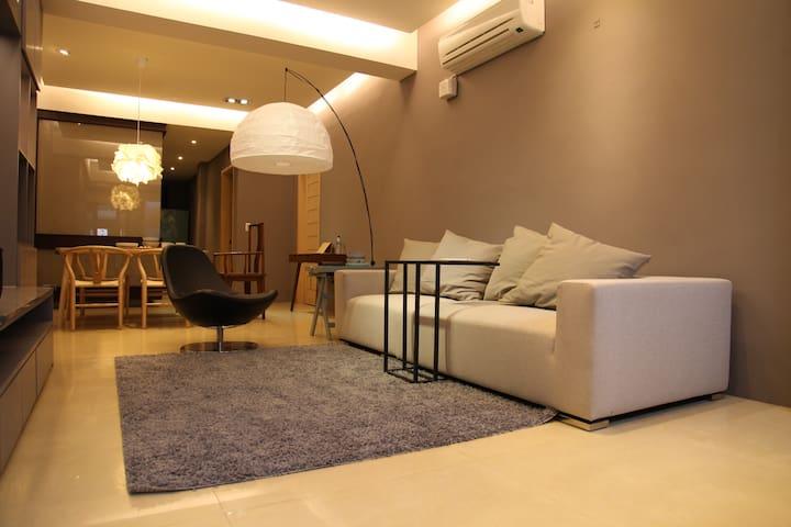 NEW新完工悄悄藍特色台灣式溫度感體驗、實體善意網絡連結、筆式閱讀記憶 - Zhongzheng District - Appartement