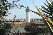 Phare Port Haliguen