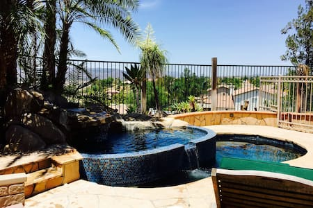 Detached casita with pool and view. - Temecula - Hus