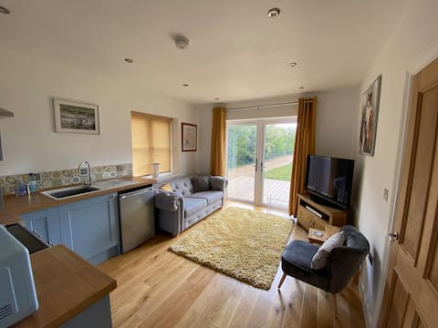 Ramblers Rest-A comfortable self contained annexe.