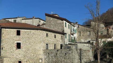 Mittelalterliches Dorf Gragnola - Toskana