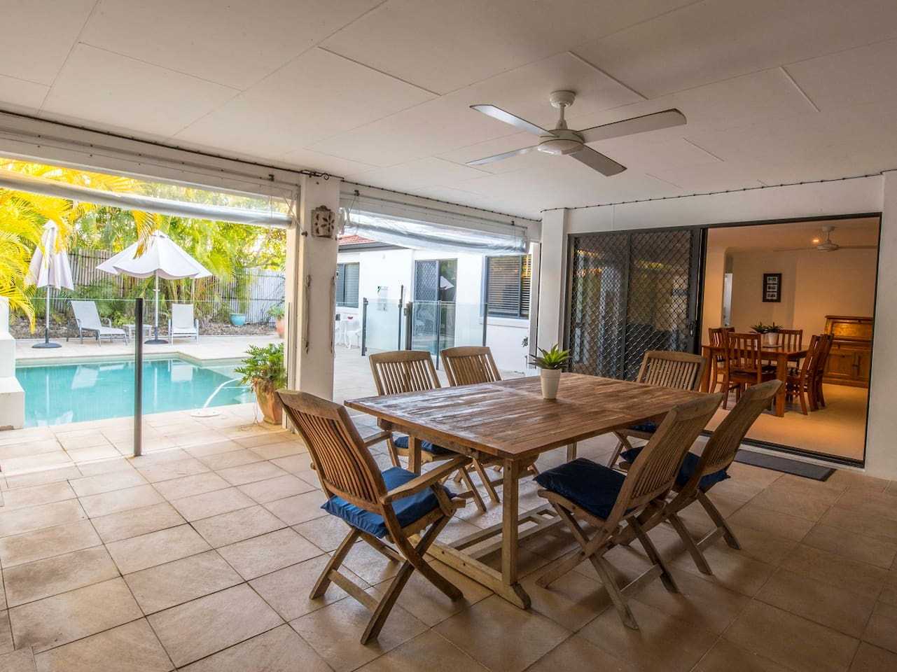 Huge covered entertainment area with large BBQ overlooking the pool - great for family gatherings